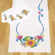 Herrschners Bright Flowers Table Runner   Napkins Stamped Cross-Stitch
