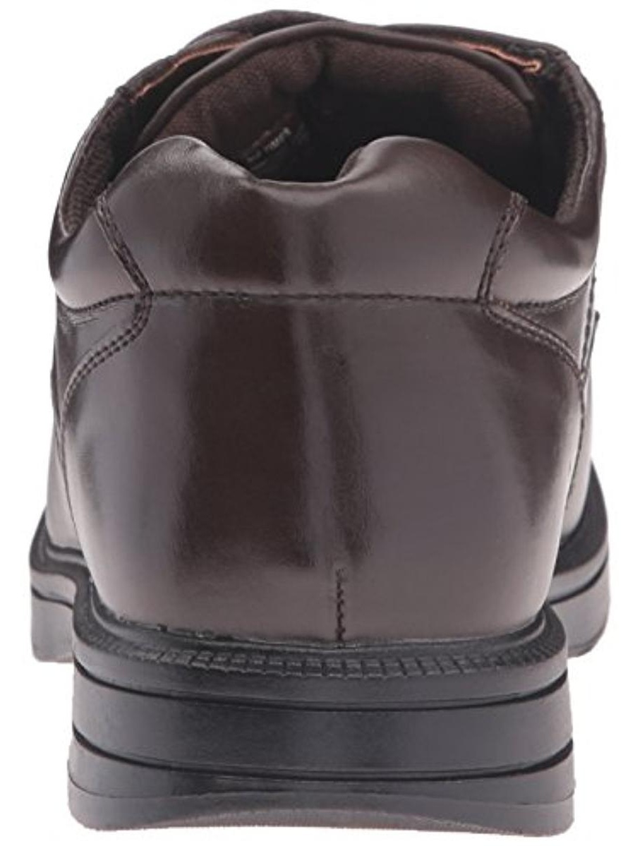 Deer Stags Nu Times Economical, stylish, and eye-catching shoes