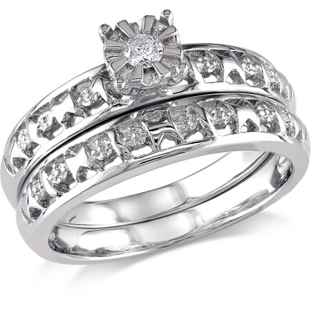 Round Diamond Accent Bridal Ring Set in Sterling (Diamond Accent Bridal Set)