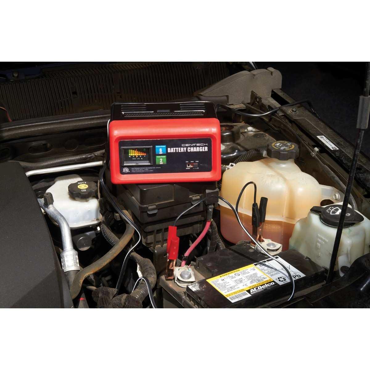 Cen-Tech Manual Charger 6/12V 2/6 Amp 6-1/2 ft. Long Battery Cables  Self-resetting 120V 60322 - Walmart.com