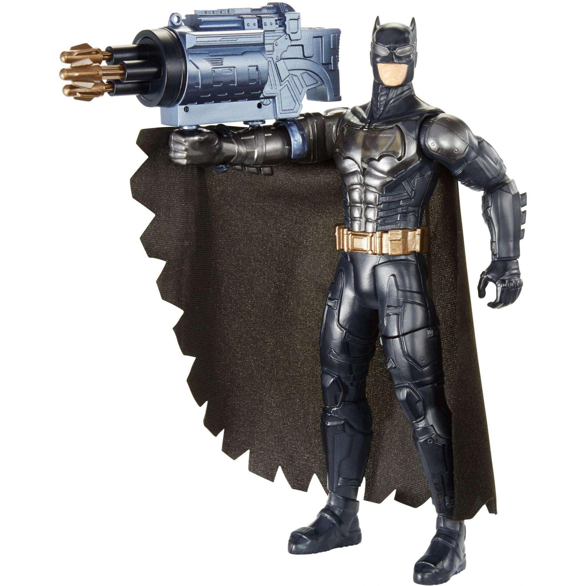 DC Justice League Electro-Gauntlet Batman Figure with Lights & Sounds