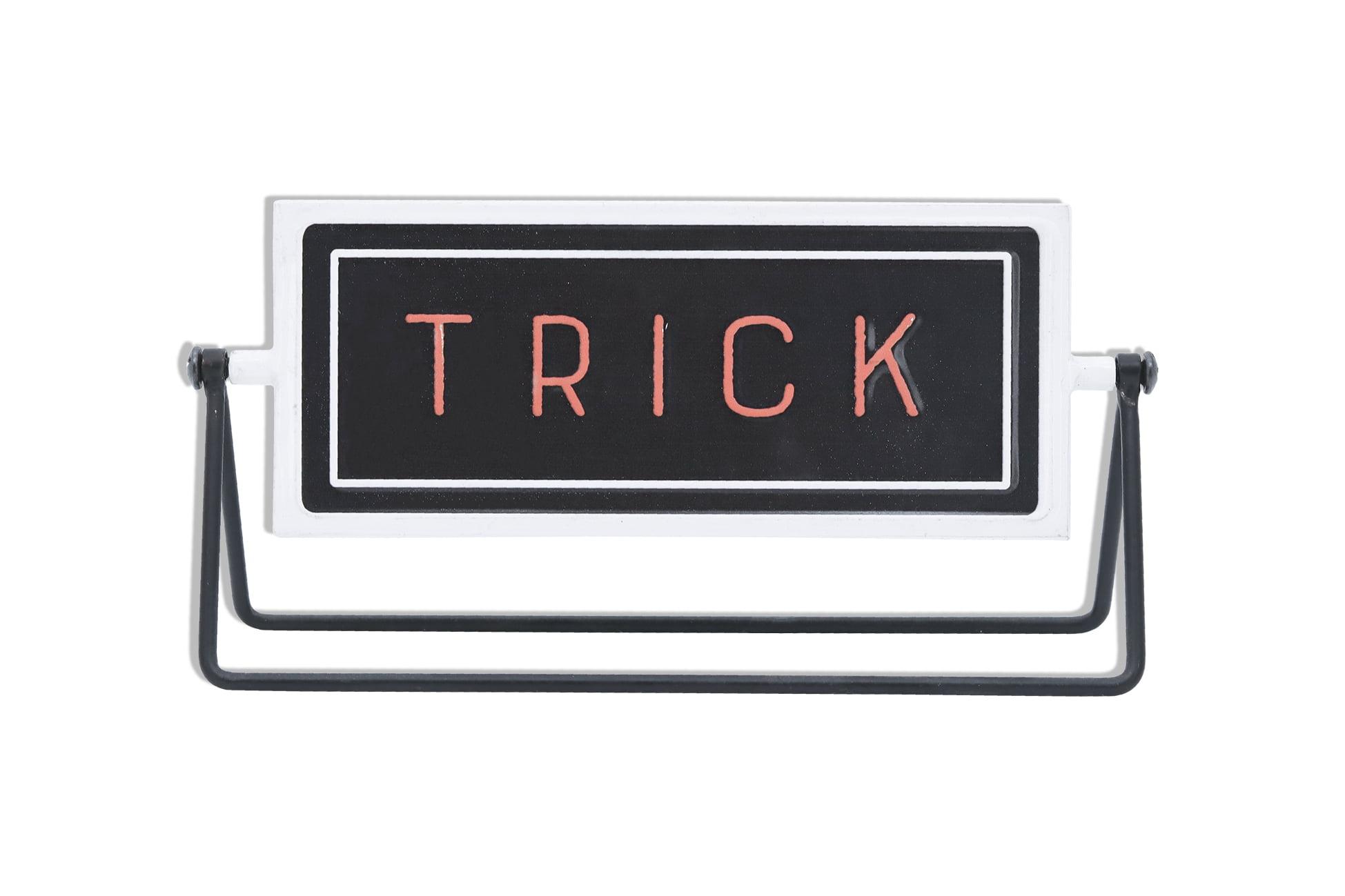 Parisloft Trick Or Treat Metal Rotating Tabletop Holiday Sign Freestanding Halloween Decoration 12 X 3 125 X 4 875 Inches Walmart Com Walmart Com
