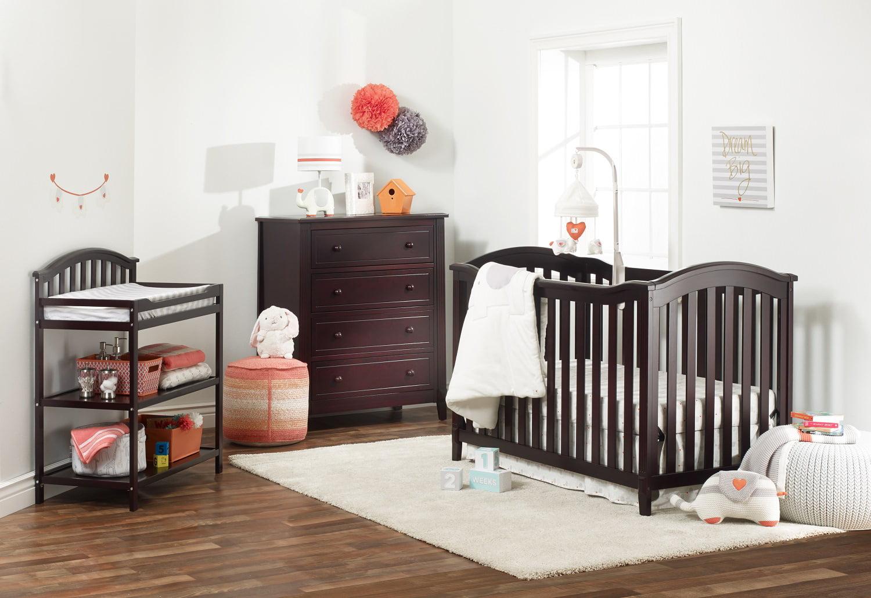 Sorelle Berkley Classic 4 in 1 Crib White by Sorelle Furniture