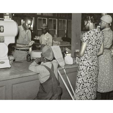 African Americans Shopping In The GeeS Bend Cooperative Store History ()
