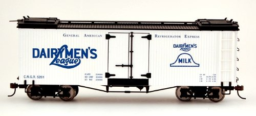 NYA On30 Spec BB Reefer, Dairymen's Multi-Colored