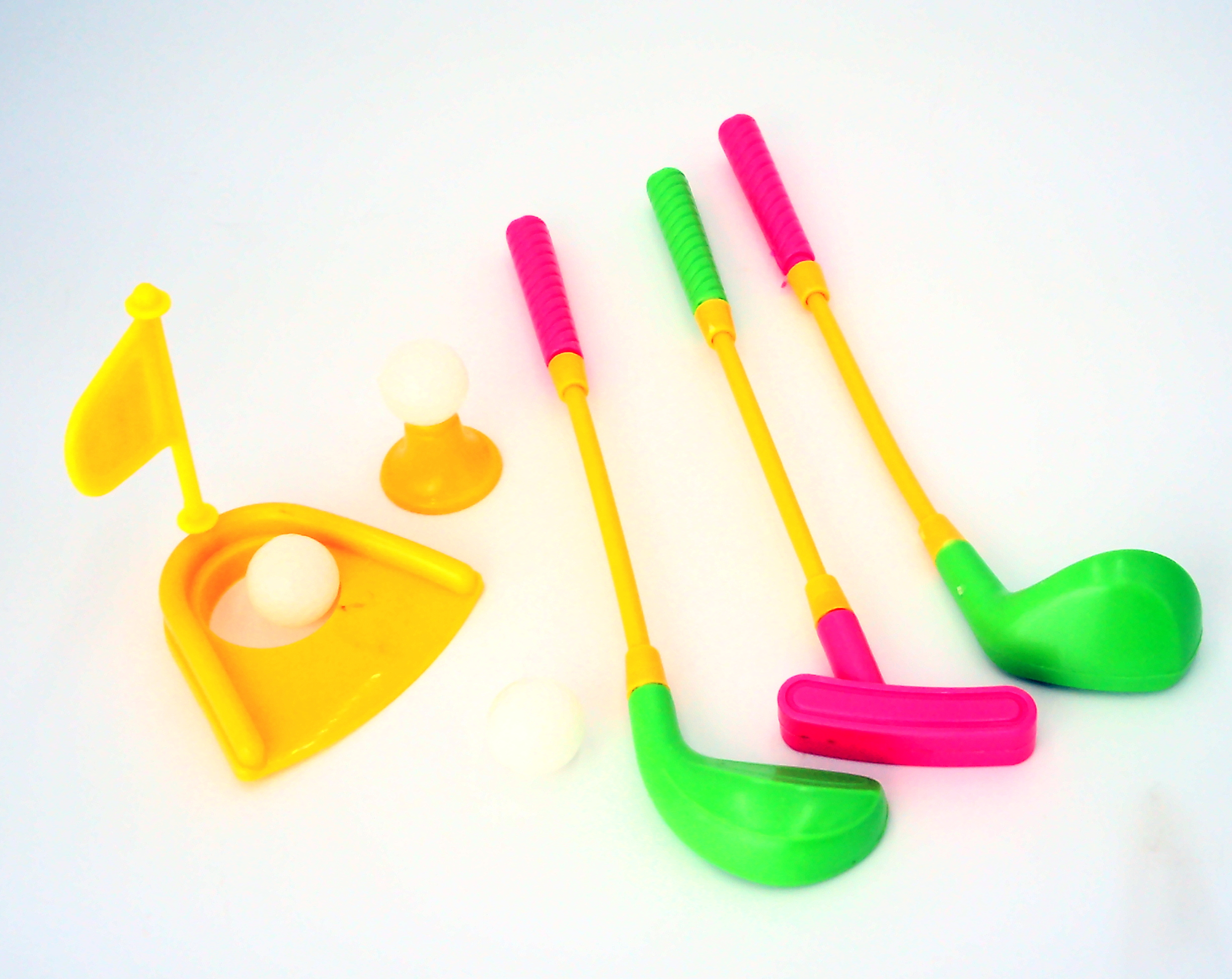 Mini Plastic Golf Clubs, Ball And Hole Cup Toy by HAMMOND TOYS