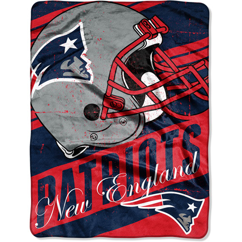 "NFL Micro Raschel Deep Slant 50"" x 60"" Throw, New England Patriots"