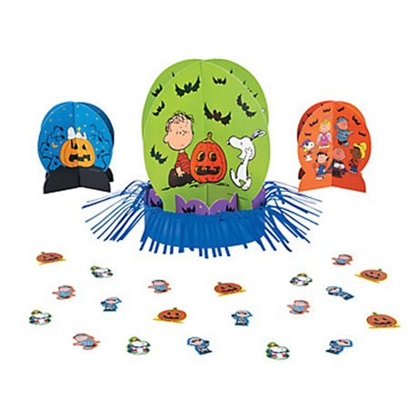 Peanuts Snoopy Great Pumpkin Halloween Table Decorating Kit