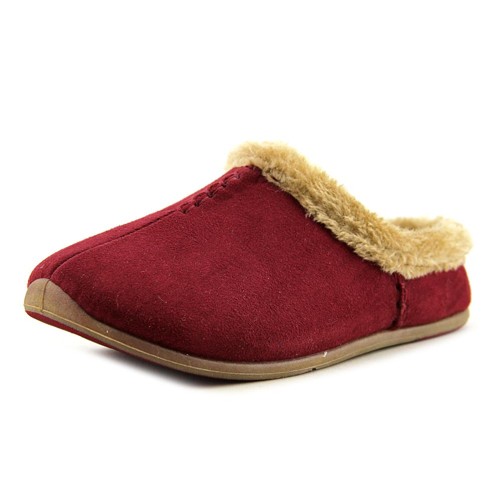 Deer Stags Willow Women Round Toe Synthetic Burgundy Slipper by Deer Stags