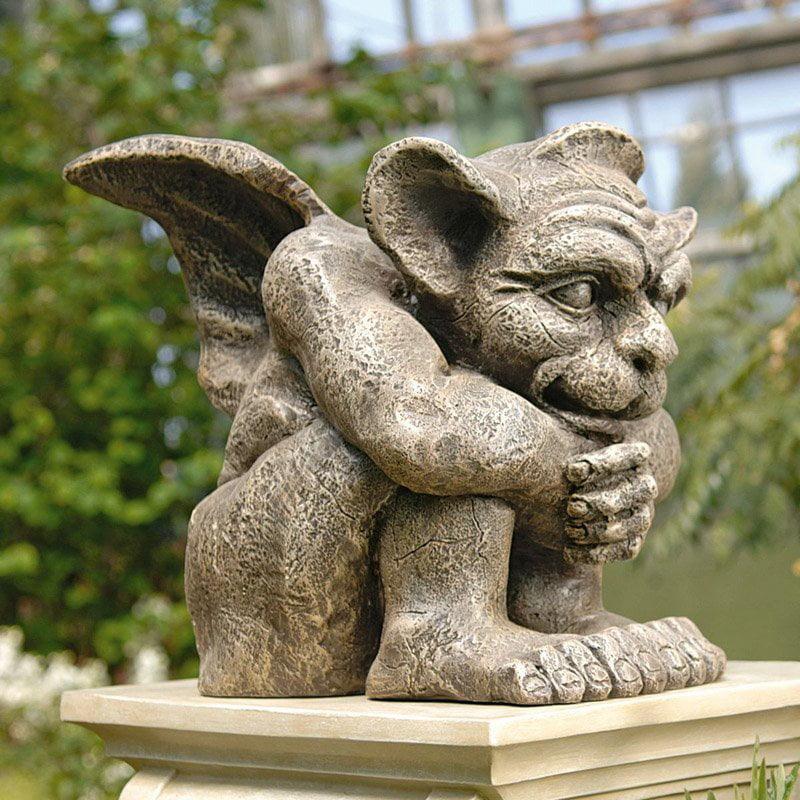 Design Toscano Emmett the Gargoyle Garden Statue