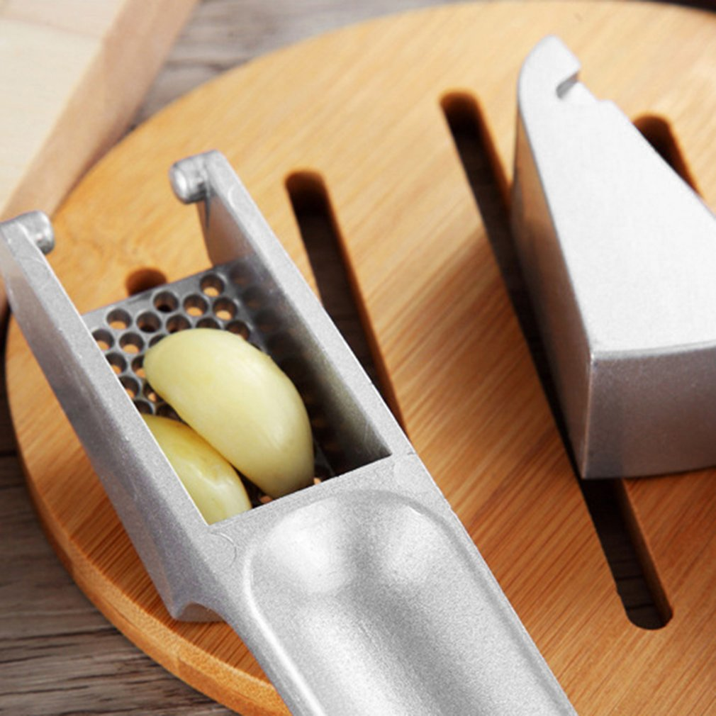 Aluminum Alloy Ginger Garlic Presses Crusher Chopper Convenient Split Grinding Fruit Vegetable Tools Handle... by