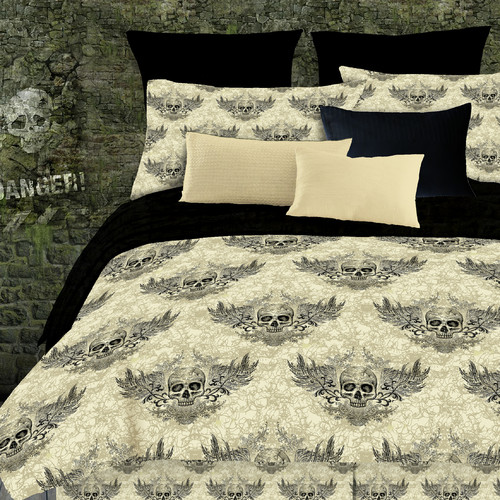 Veratex, Inc. Winged Skull Comforter Set