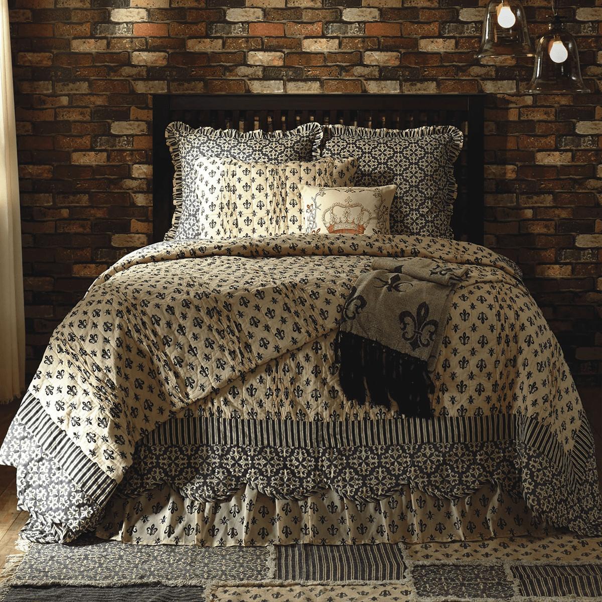 size redwood cover french sets fleur european lis comforter item set pattern bedding king home from vintage abstract culture renaissance de royal inspired gold duvet in