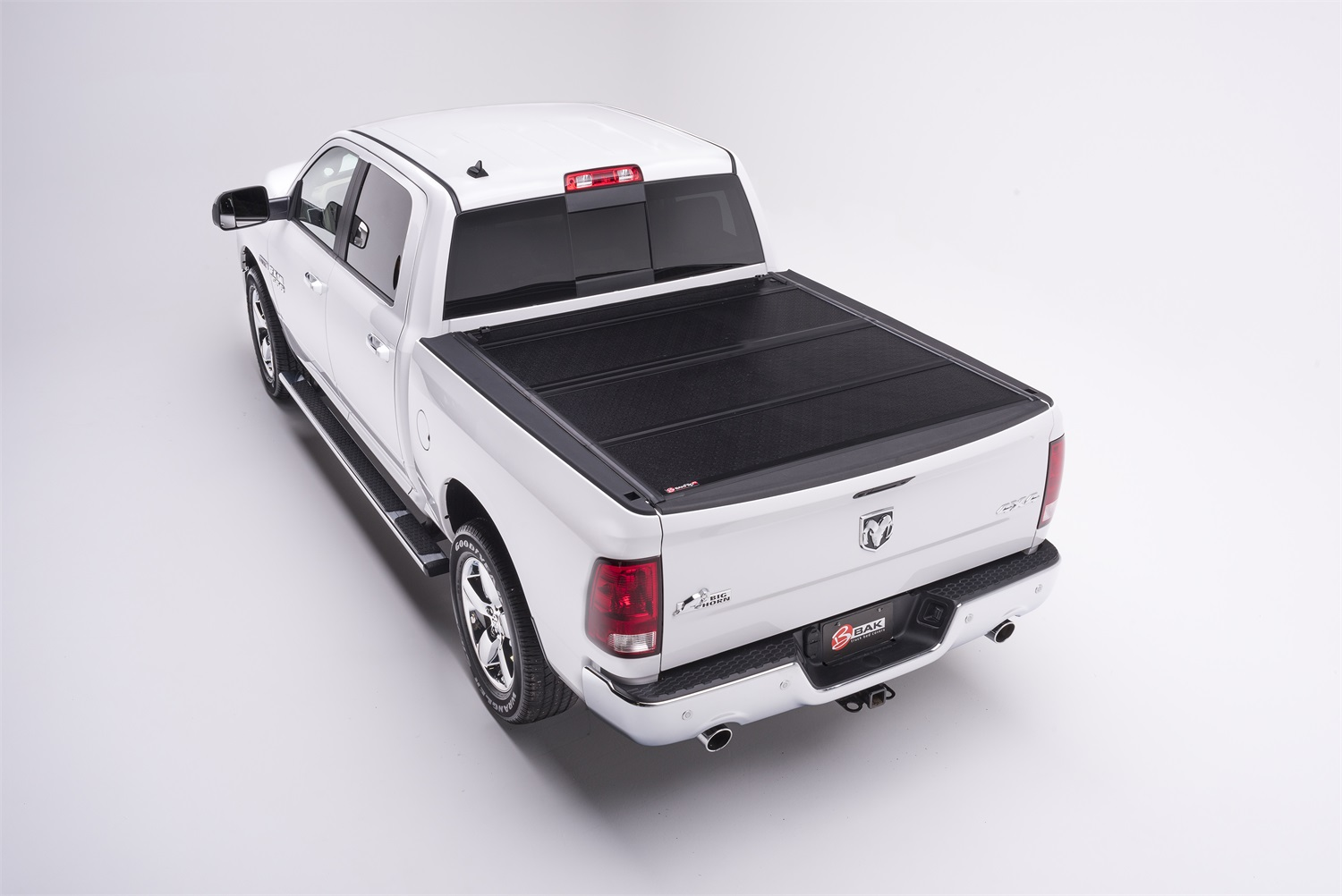 "BAK Industries 72406 F1 BakFlip Tonneau Cover for Toyota Tacoma Double Cab 64"" Short Bed"