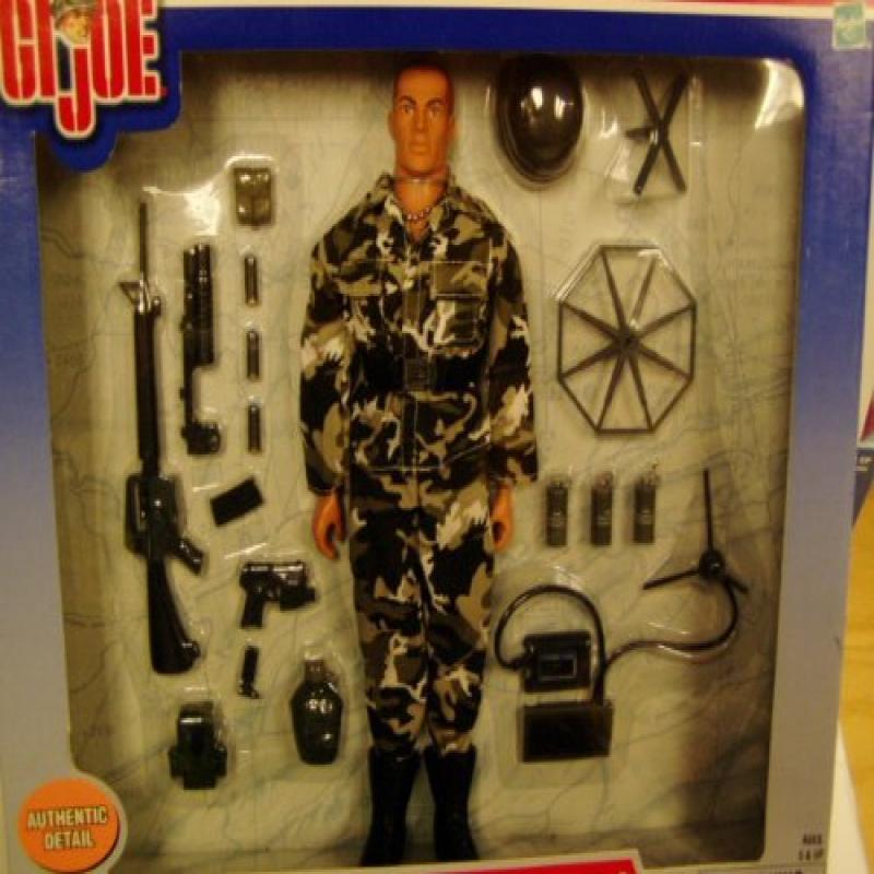GI Joe U.S. Army Urban Surveillance Soldier by Hasbro by