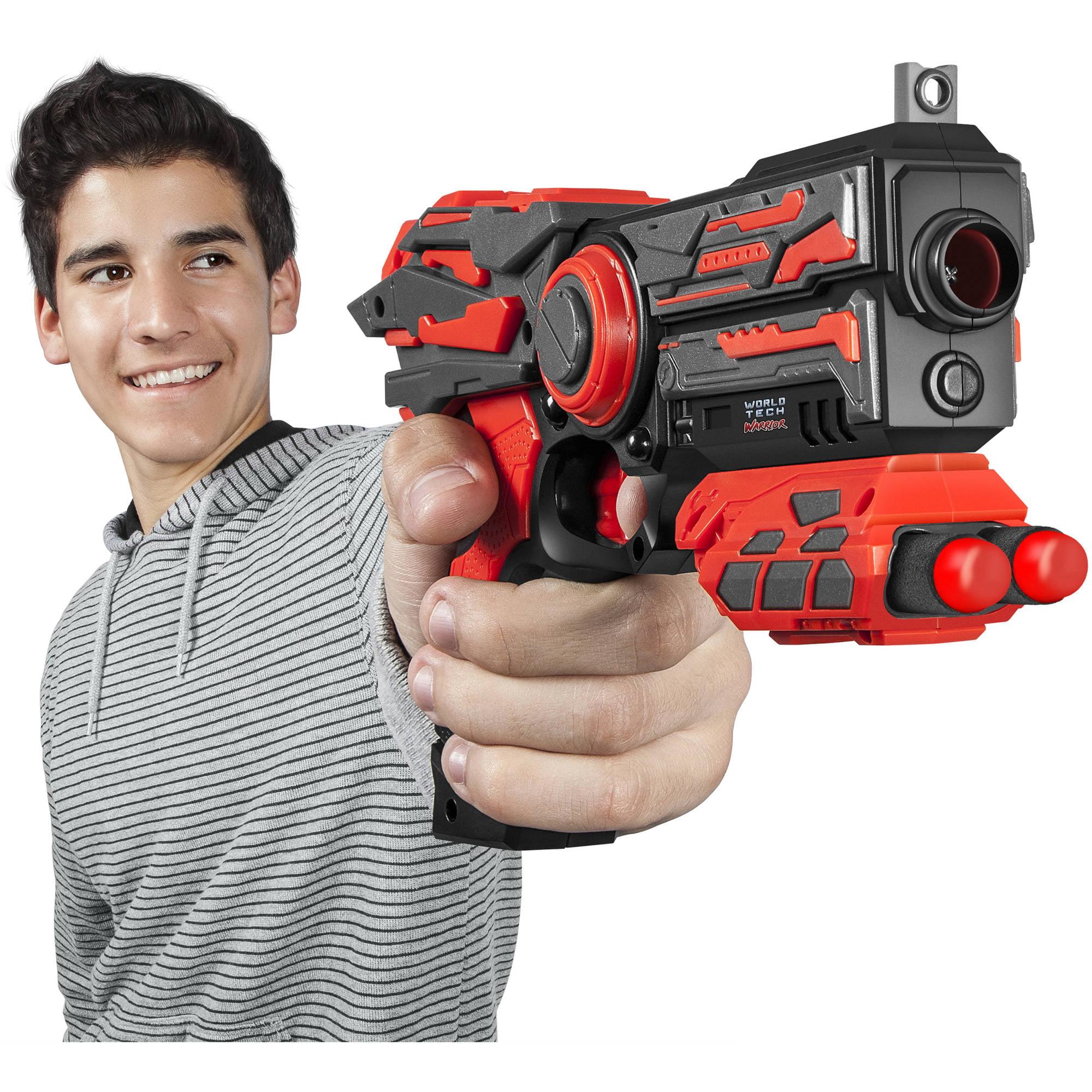 World Tech Warriors Havoc Dart Blaster with Spare Dart Holder, Red by World Tech Toys