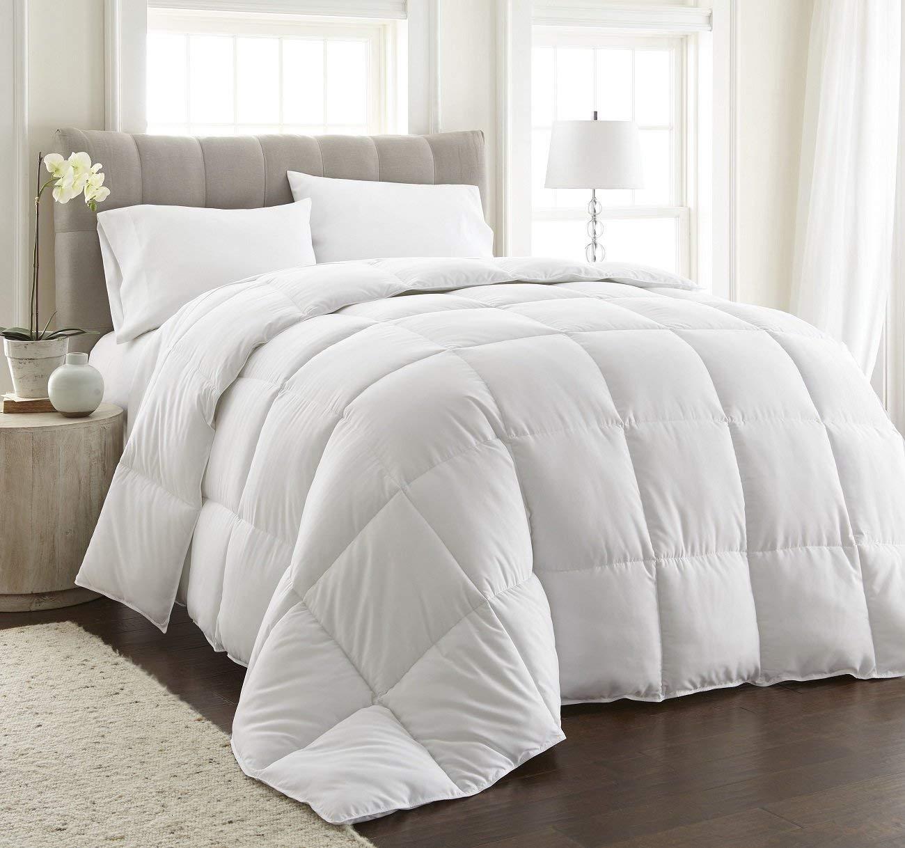 Chezmoi Collection All Season Ultra/Medium/Light Warmth Down Alternative Comforter
