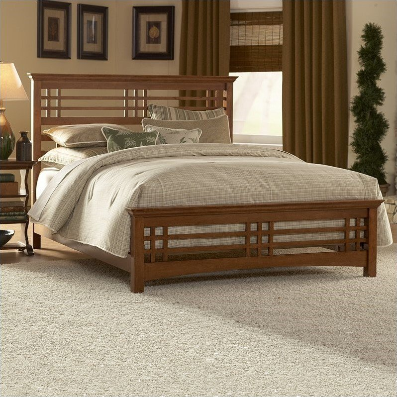 Fashion Bed Avery Panel Bed in Oak-Queen