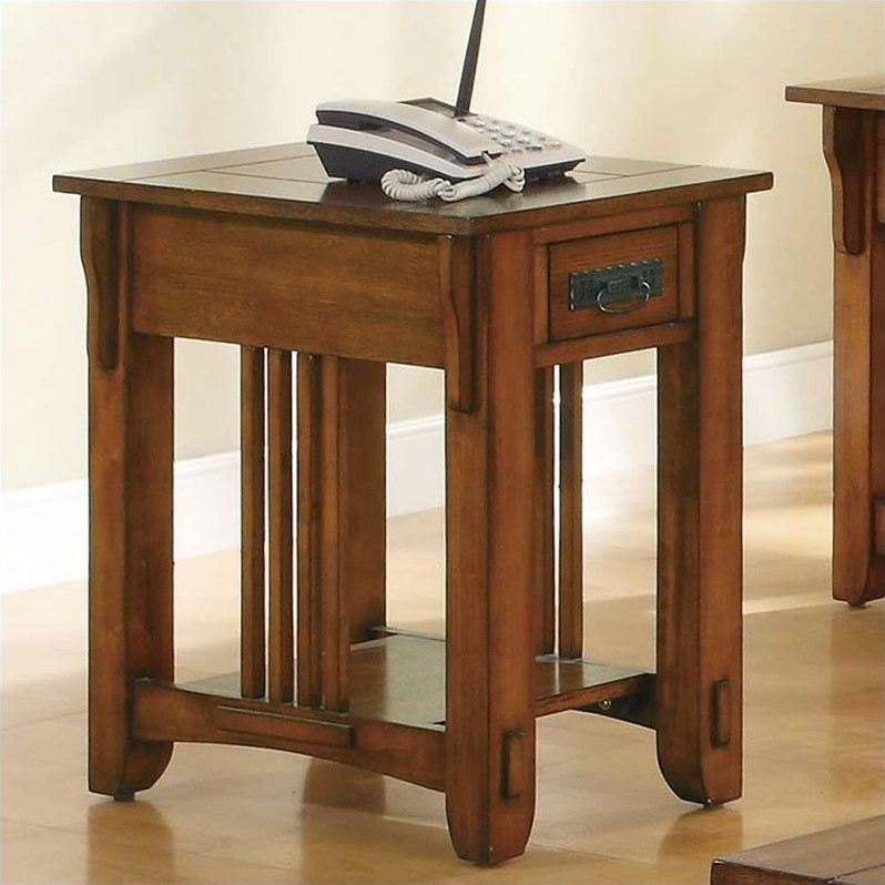 Coaster Traditional Chairside Table, Oak Finish