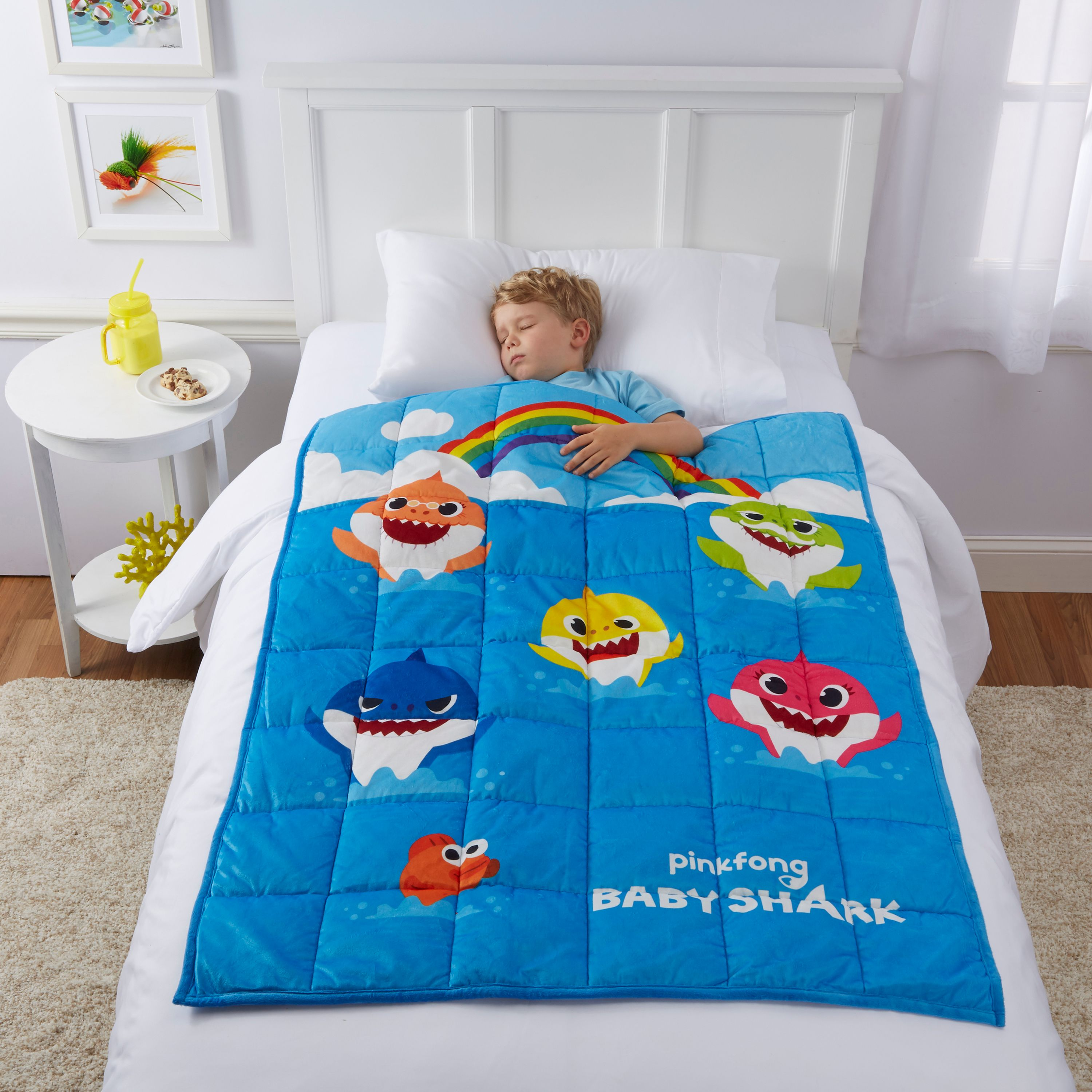 Baby Shark Kids Weighted Blanket, 4.5lb, 36 x 48, Fountain of Tooth, Walmart.com EXCLUSIVE!