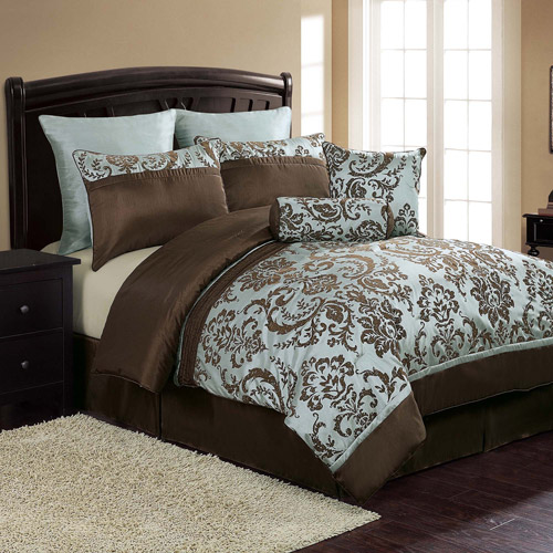 VCNY Danielle 8-Piece Black and White Damask Flocked Bedding Comforter Set, Euro Shams Included