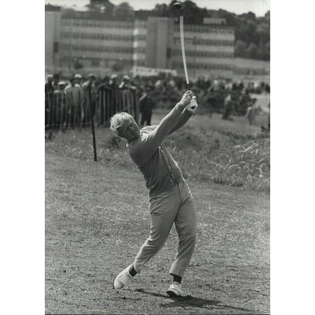 Jack Nicklaus 8x10 Golf Photo (Jack Nicklaus playing golf Photo Print )