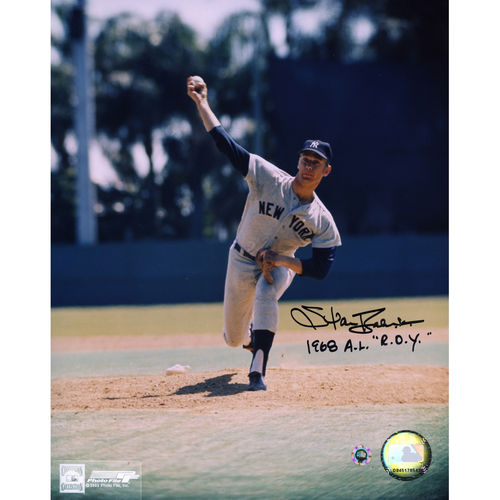 Stan Bahnsen New York Yankees Autographed 8'' x 10'' Pitching Photograph with 1968 AL R.O.Y. Inscription