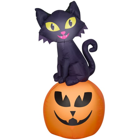 Halloween Inflatables Cat (Airblown Inflatable Cat On Pumpkin Scene by Gemmy)