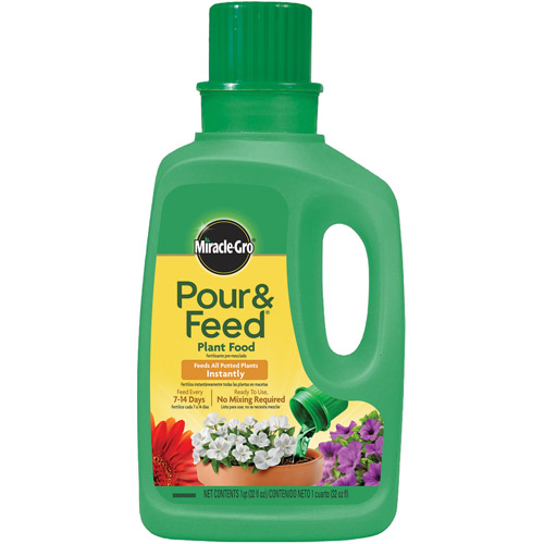 Miracle-Gro Pour & Feed Ready-To-Use Plant Food, 32 oz