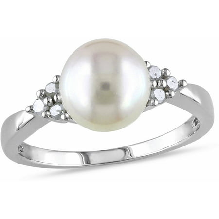 8-8.5mm White Round Cultured Freshwater Pearl and 1/8 Carat T.W. Diamond Sterling Silver Cocktail Ring