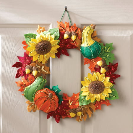Bucilla   Felt appliqu} Home Decor Kit by Plaid, Harvest Time Wreath, 15