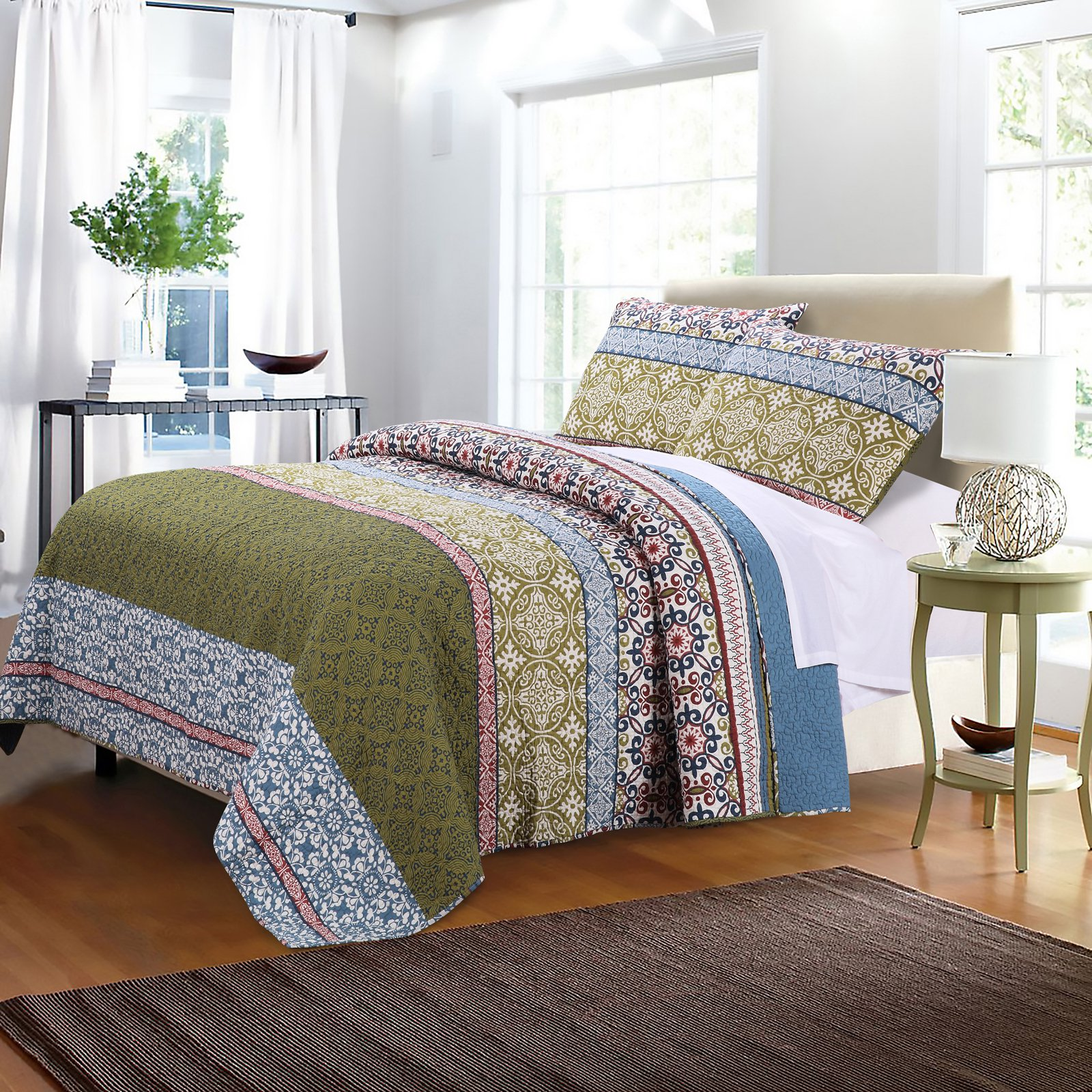 Shangri-La Quilt Set by Greenland Home Fashions