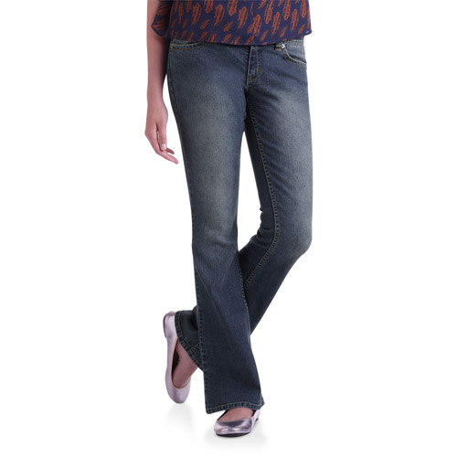 No Boundaries Basic Flare Jeans