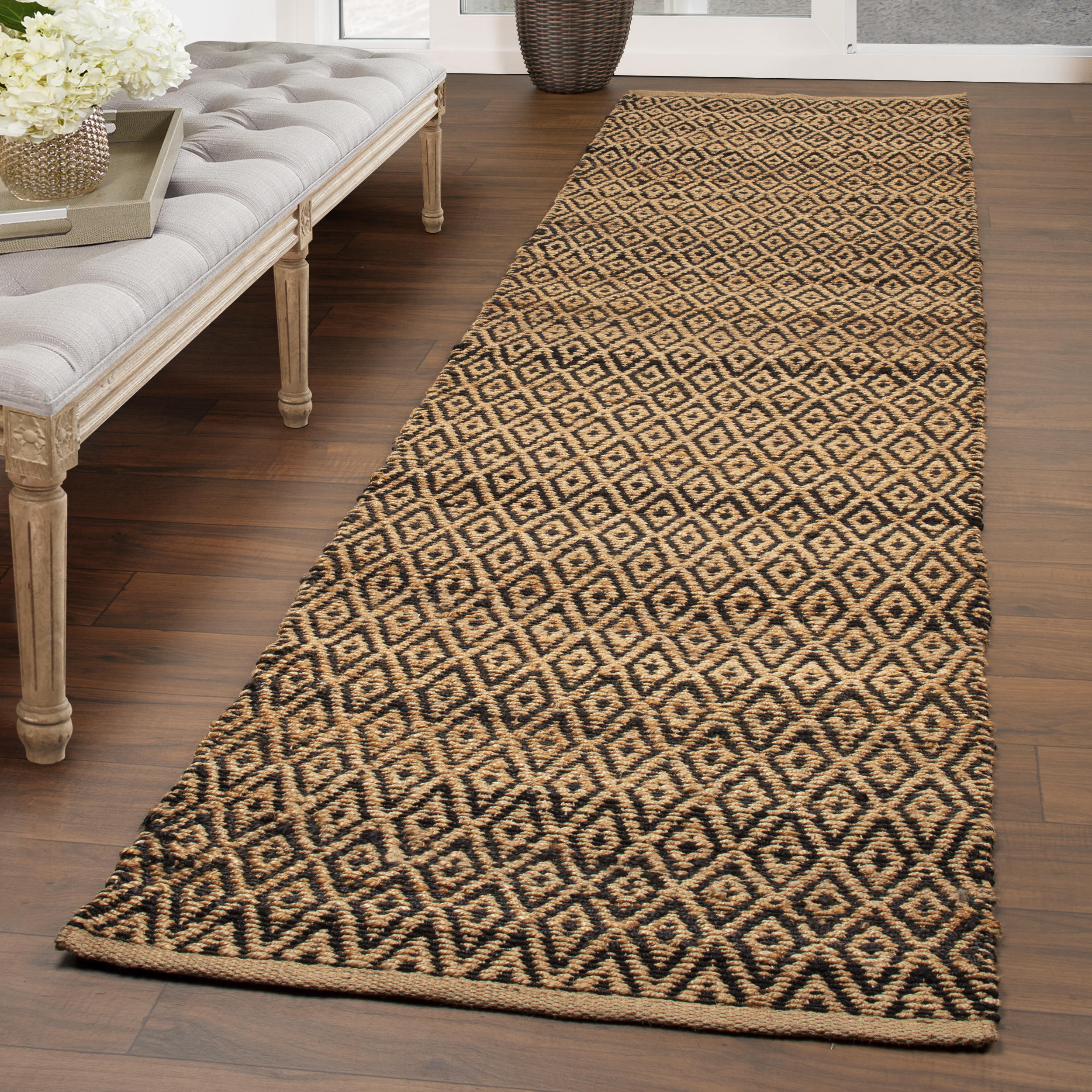 Superior Natural Diamond Collection Hand Woven Jute Rug - Black