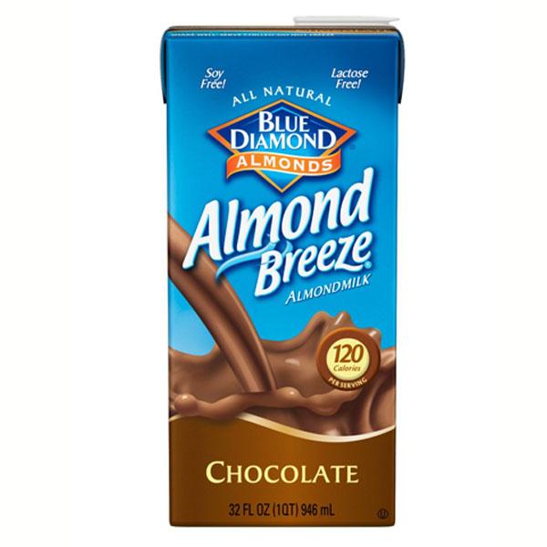 Blue Diamond Almond Breeze Chocolate Almond Milk 32 oz Te...
