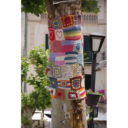 Stretch Crochet - Canvas Print Guerrilla Crochet Mallorca Tree Crochet Stretched Canvas 10 x 14