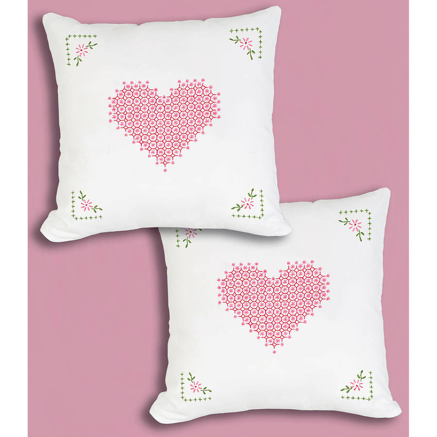 "Stamped White Pillowtops, 15"" x 15"", 2pk, Chicken Scratch Hearts"