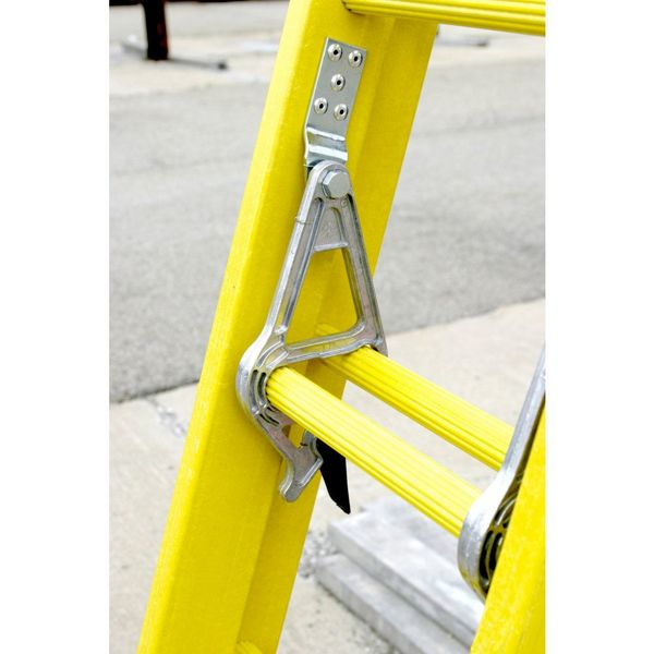 Werner Extension Ladder,Fiberglass,20 ft.,IA 9520-2
