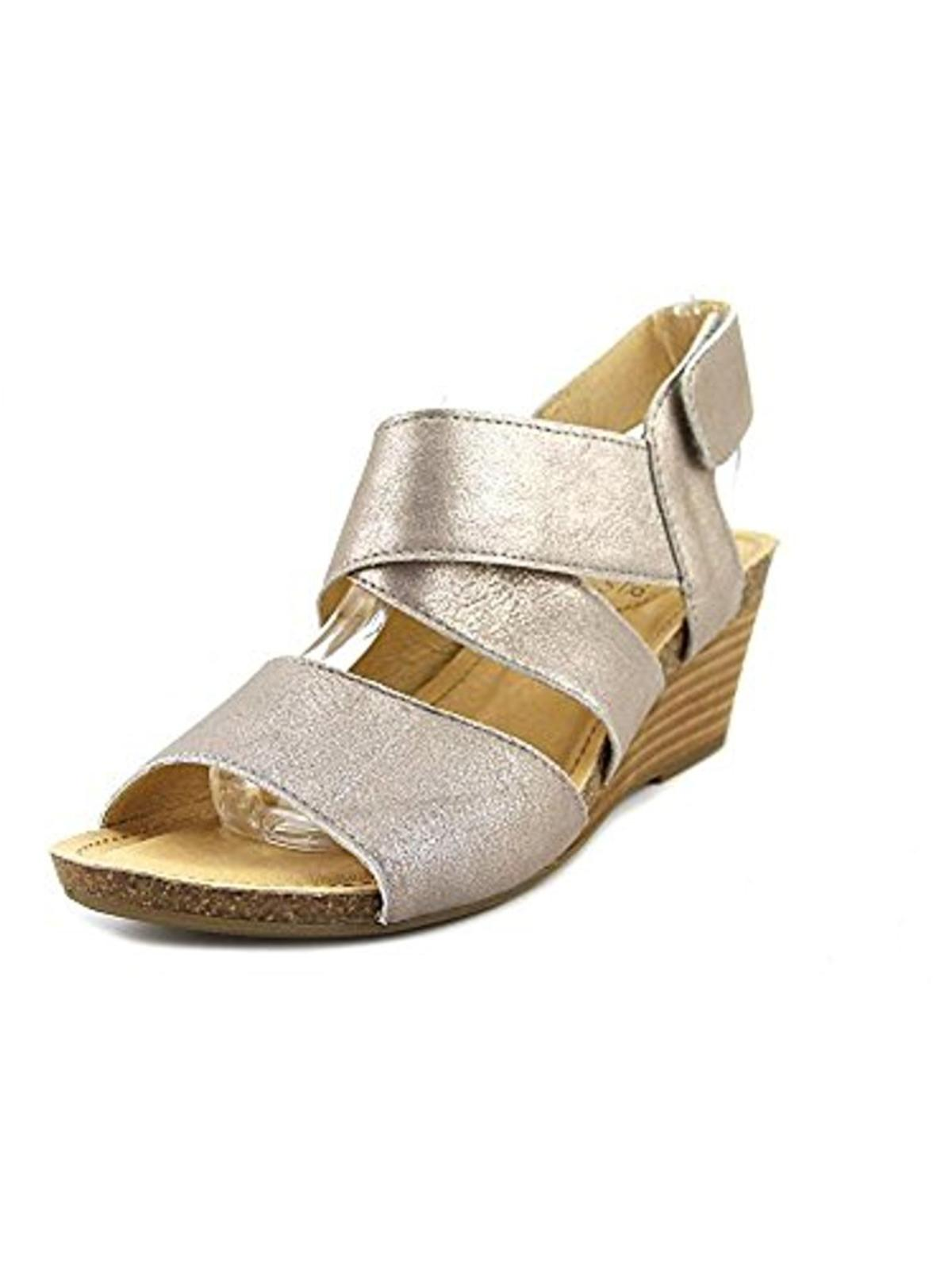 Adam Tucker Me Too Womens Toree 16 Shimmer Leather Wedge Sandals by Adam Tucker Me Too