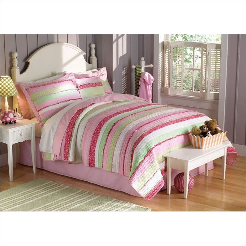 PEM America Annas Ruffle Piece Quilt Set in Pink and Green