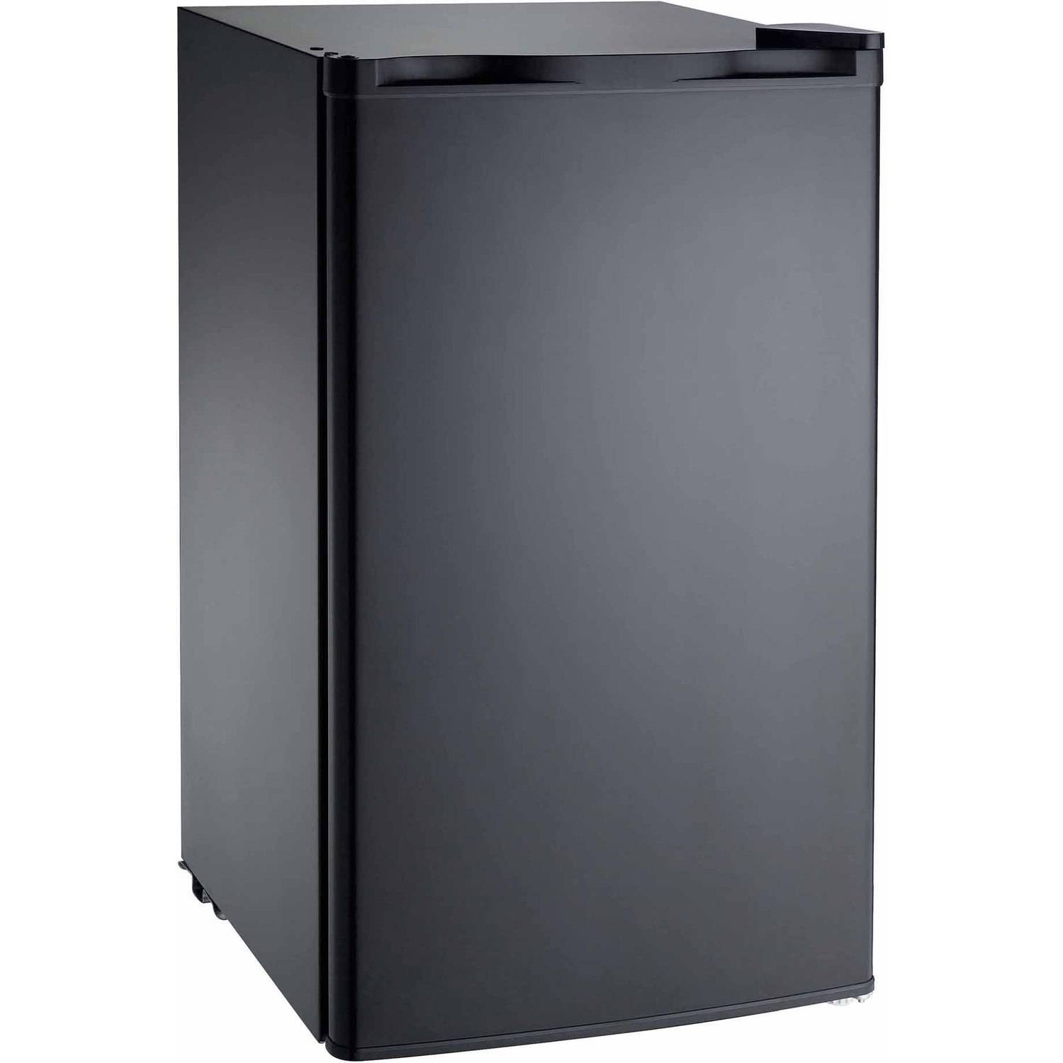 Igloo 3.2 cu ft Refrigerator, Black