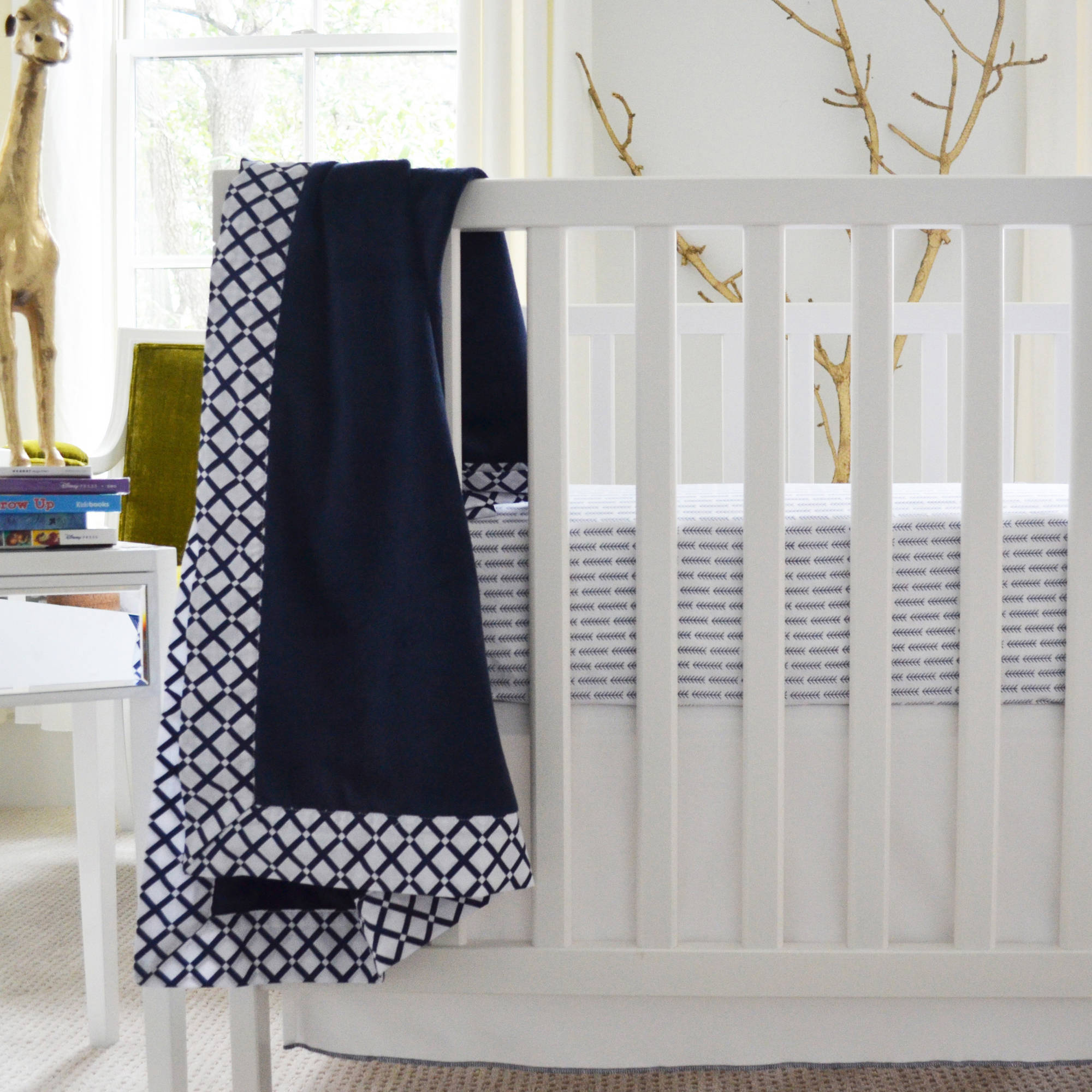 Owen & Ozzie 2-Piece Crib Bedding Set, Navy