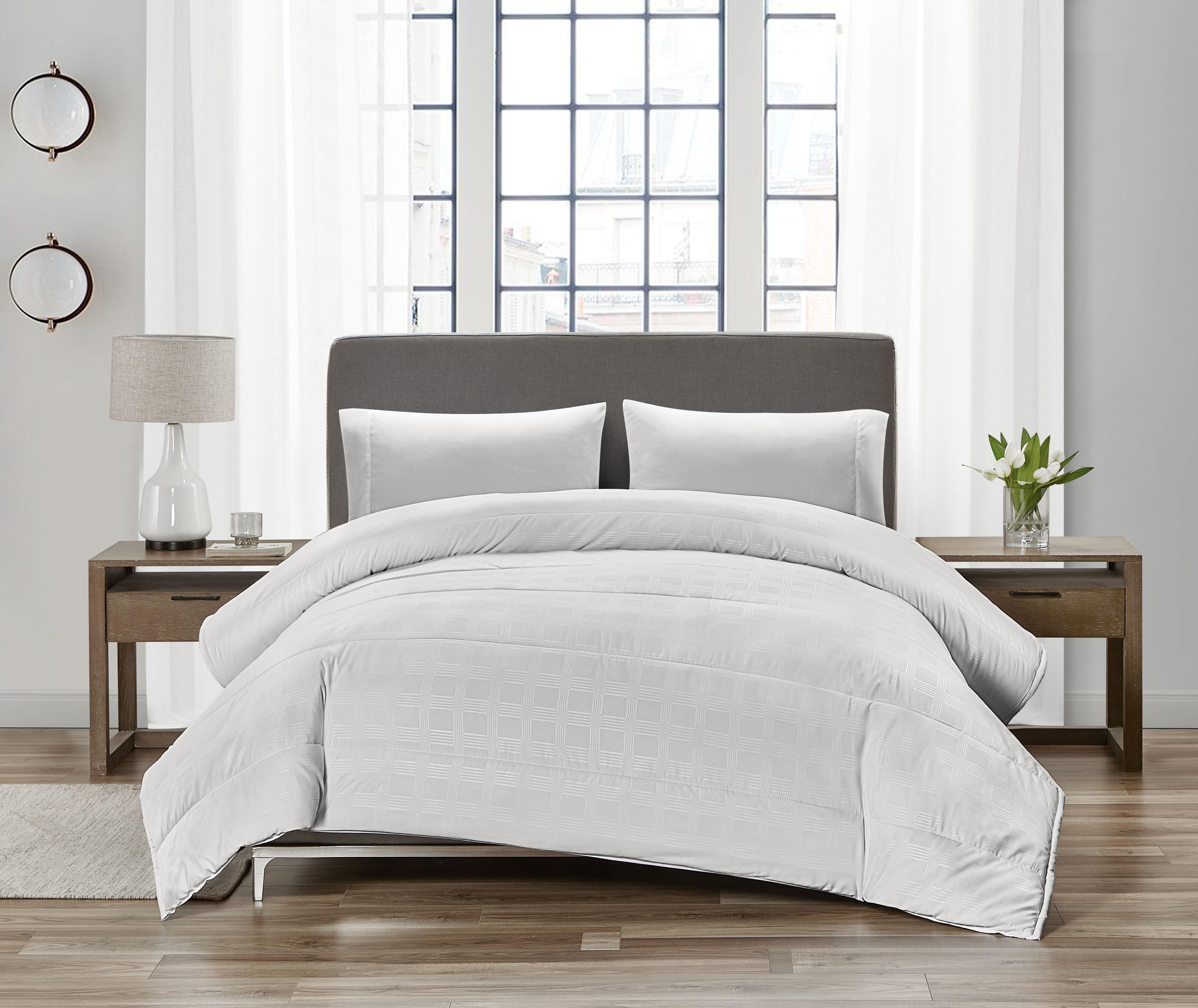 Canada S Best Embossed Down Alternative Comforter Heavy Weight Twin Walmart Com Walmart Com