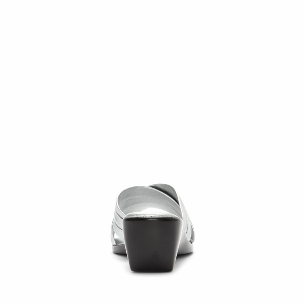 Italian Shoemakers Women's D168 Silver 8 M US - image 2 of 5