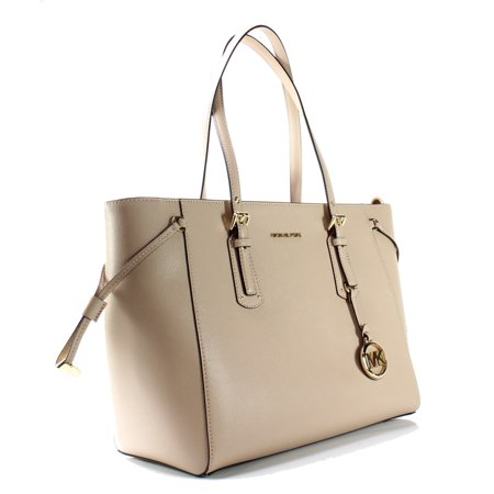 - Michael Kors NEW Oyster Pink Voyager Medium Tote Pebble Leather Purse