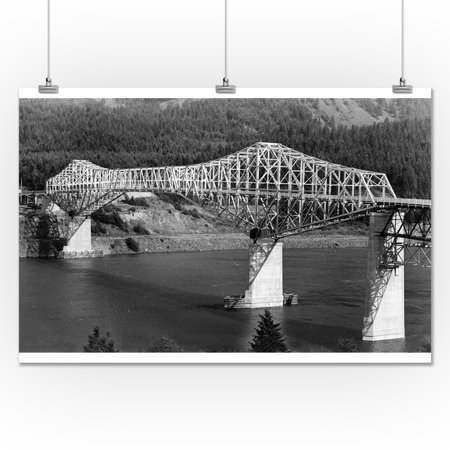 Oregon - Aerial View of the Bridge of the Gods (24x36 Giclee Gallery Print, Wall Decor Travel Poster)