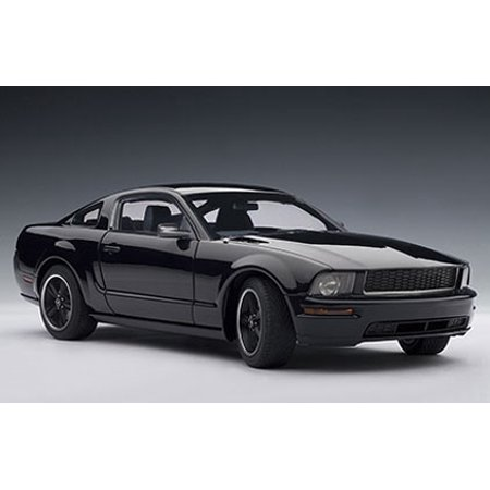 2008 Ford Mustang GT Bullitt Black 1/18 Diecast Model Car by Autoart (2008 Ford Mustang Bullitt)