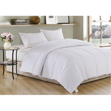 "White Polyester Medium Warmth King Down Alternative Comforter Duvet insert , 104"" x 88"""