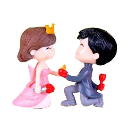 GeweYeeli PVC Bride and Groom Miniatures Decoration Propose Marriage Lover Wedding Doll Couple Kiss Figurines Garden Ornaments Bride And Groom Kiss