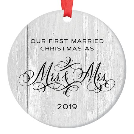 Lesbian Marriage Gifts for the Couple Gay Newlywed First Christmas Wedding Ornament 2019 Mrs & Mrs 1st Xmas 3